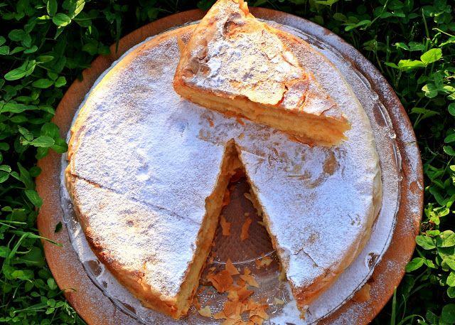 www.serpica.net: Pita s jabukama, grizom i pavlakom
