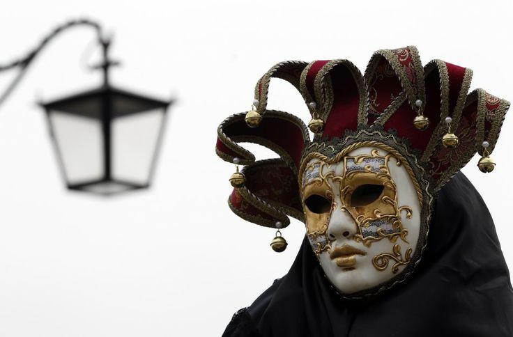 4147 Разнообразие масок Венецианского карнавала