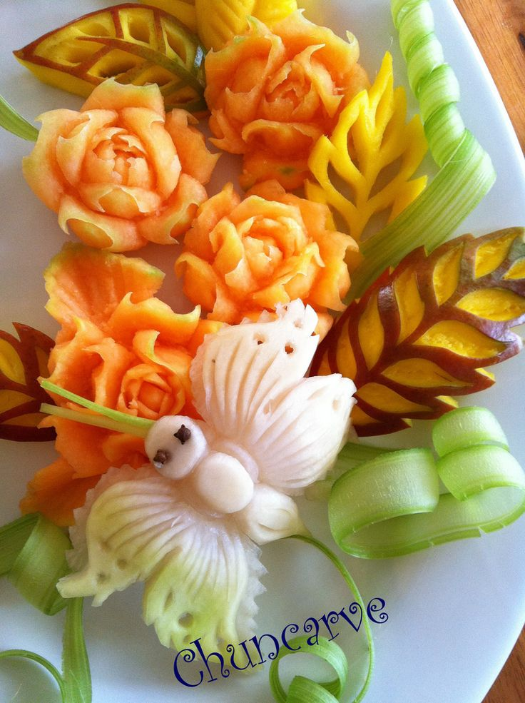 Melon Rose Platter | Food art, Fruit carvings and Food