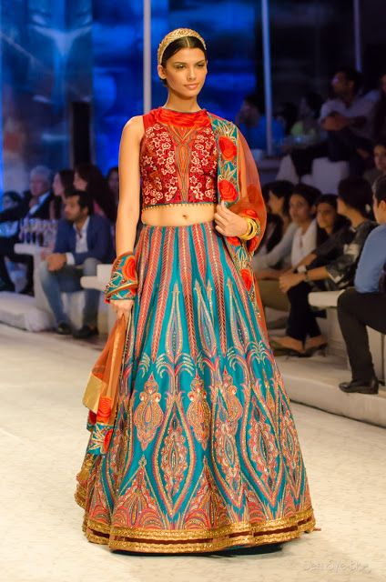 Delhi Style Blog: JJ Valaya India Bridal Fashion Week 2013 The Maharaja of Madrid