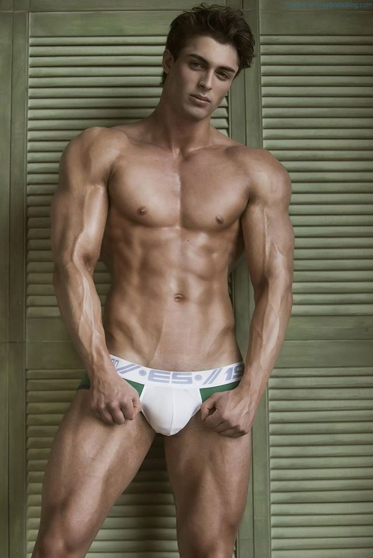 Muscled Jock Model David Lurs Looks Amazing 10