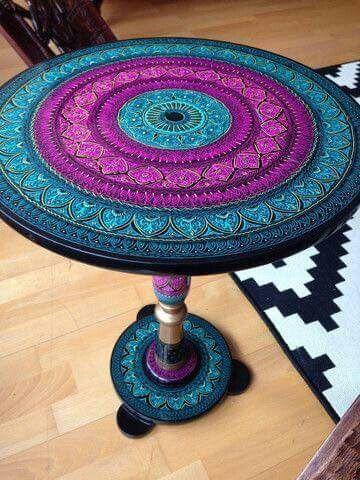☮ American Hippie ☮ Mandala Table