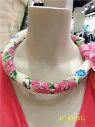 Výsledek obrázku pro бисерные жгуты с розами крючком