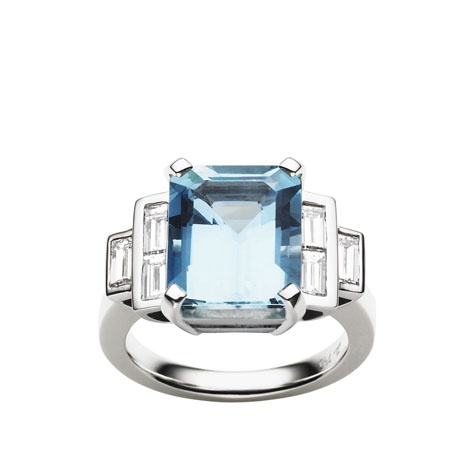Jan Logan 18ct aquamarine & diamond ring