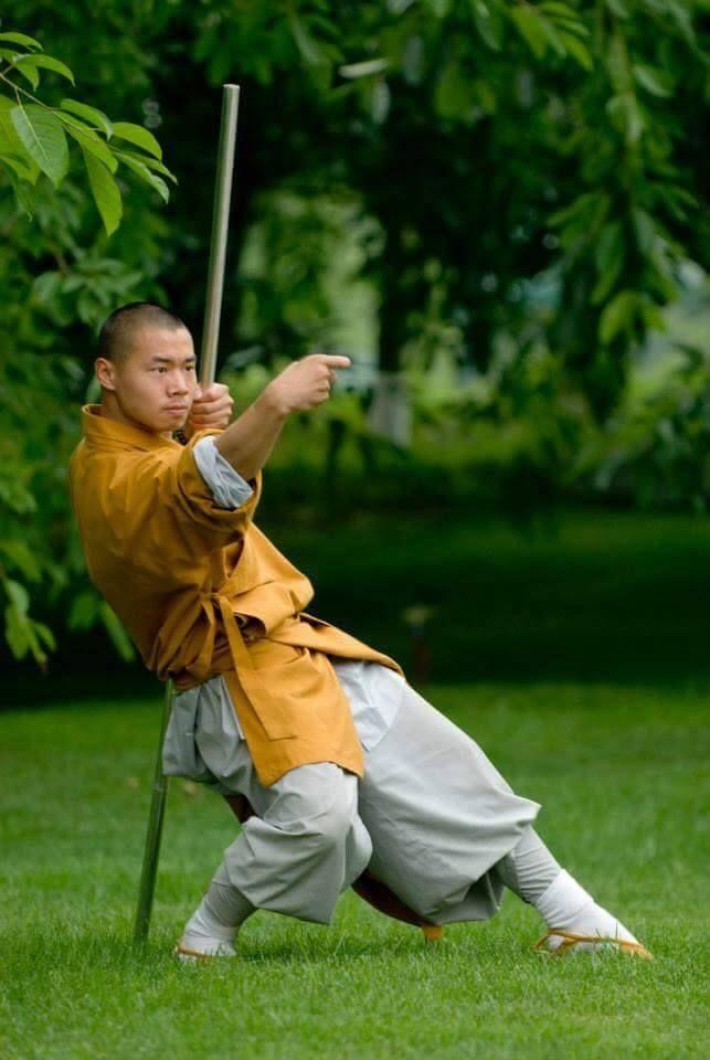 Drunken staff Master Shi Yanqing