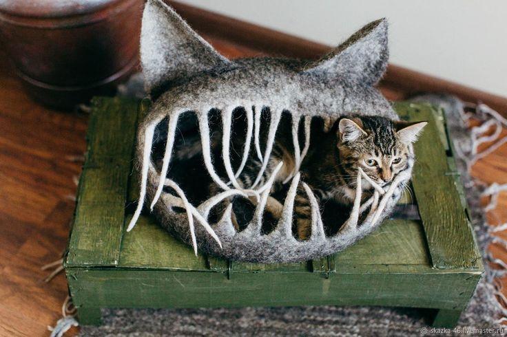 Купить Домик для кошки валяный, лежанка для животных, шерсть, войлок в интернет магазине на Ярмарке Мастеров
