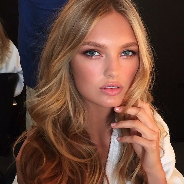 romee strijd | Mane Addicts » HOW-TO: Romee Strijd's Victoria's Secret Strands ...