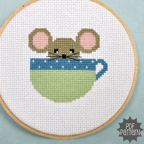 Mouse in a Cup Cross Stitch Pattern