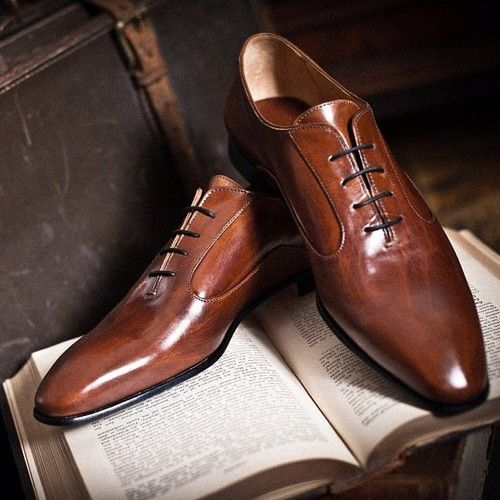 Mens brown leather dress shoes #luxury #handmade #shoesformen #mensfashion