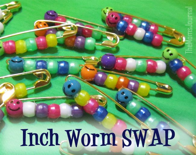 Simple Girl Scout Swap Ideas | Girl Scouts SWAPs: Inch Worm SWAP | TheMomsJournal
