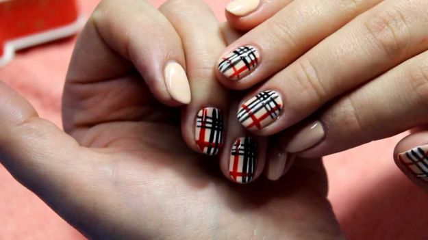 Рисунки на ногтях лаками в клетку ::: onelady.ru ::: #nail #nails #nailart #manicure