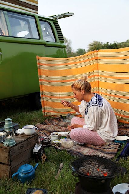 VW Camper van - camp fire