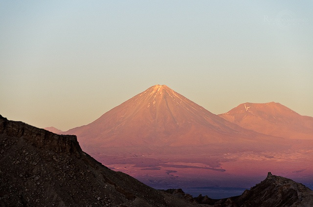 Volcán Licancabur, Valley of the Moon, Los Flamencos National Reserv, North of Chile.