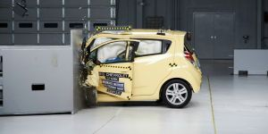 Car Safety : Manufacturers Should Think Beyond Price