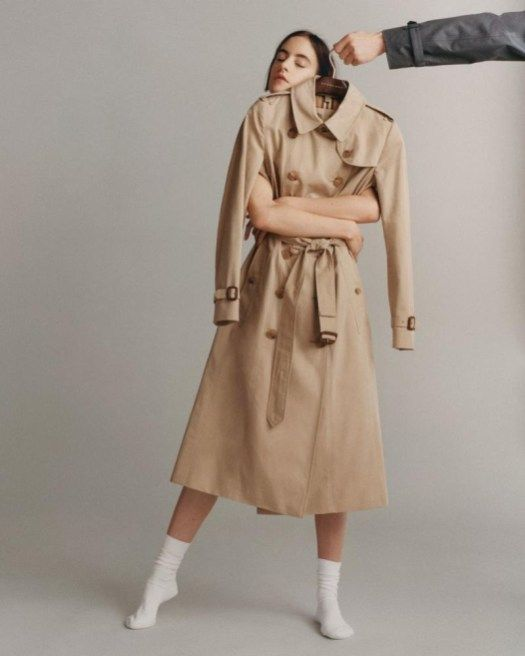 21fc6b3e246c Burberry Takes Another Look at Its Iconic Trench | my love | Fashion ...
