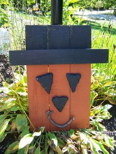 Pinterest pallet snowmen | Pumpkin Guy we made out of a pallets! VERY happy how he came out!: Halloween Pallets, Pumpkin Guys, Halloween Decor, Fall Decor, Halloween Crafts, Fall Halloween, Pallets Ideas, Wood Pallets, Pallets Crafts