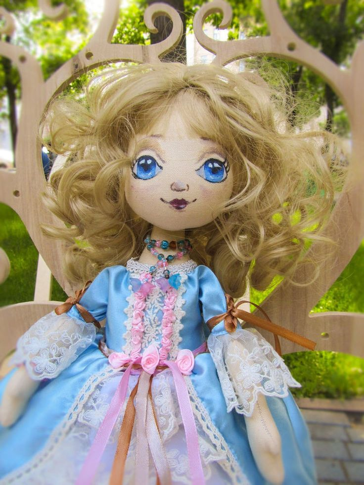 Art Blue Cloth Textile Rag Doll, Gift for Woman and Daughter, Home Decoration