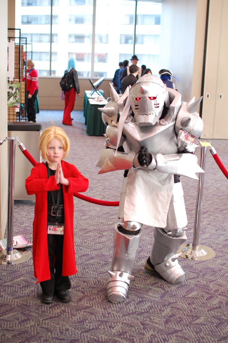 XD AW Full Metal Alchemist. View more EPIC cosplay at http://pinterest.com/SuburbanFandom/cosplay/...