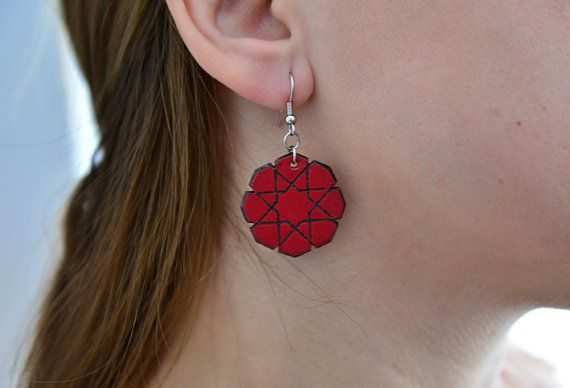 Hey, I found this really awesome Etsy listing at https://www.etsy.com/listing/220432196/leather-islamic-8-point-star-earrings