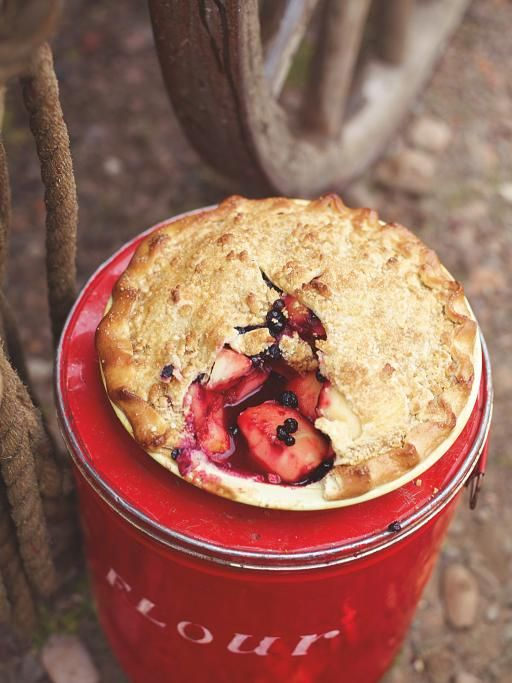Appleberry pie Great with fresh or frozen berries    Loads of filling and seasonal berries give the great British apple pie an American feel