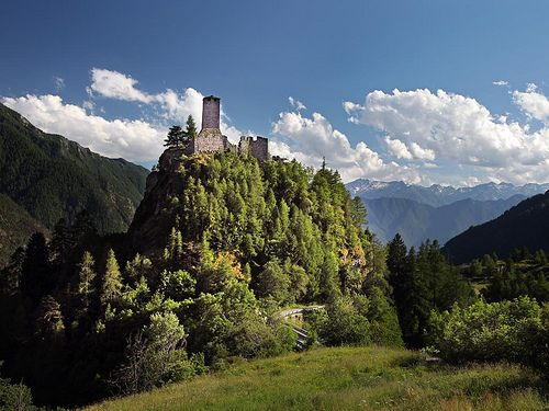 Graines castle in Brusson by Visit Aosta, via Flickr