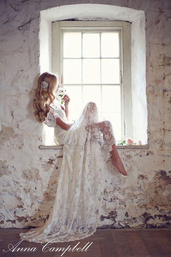 Anna Campbell vintage lace wedding dress | nouba.com.au