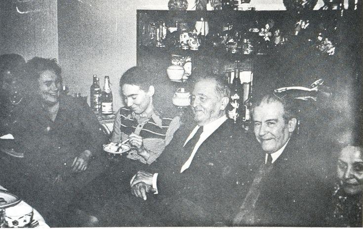 Em Moscou com amigos soviéticos.  1977