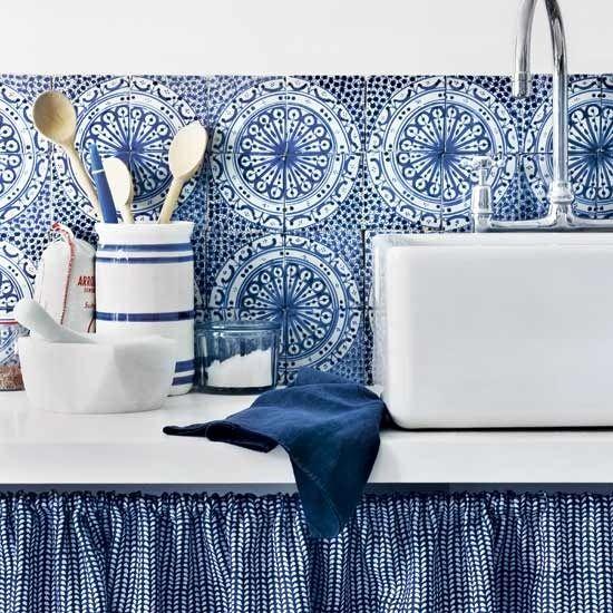 Blue kitchen with splashback brave and provide clean atmosphereBacksplash Tile, Kitchens Curtains, Kitchens Design, Blue Tile, Kitchens Tile, Blue Kitchens, Feelings Blue, Blue And White, White Kitchens