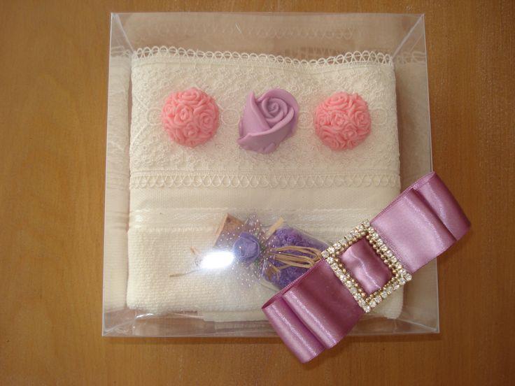 sabun ve banyo tuzlu havlu konsept - handmade