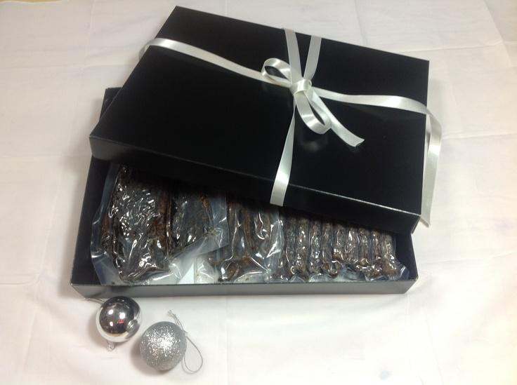 Biltong Box. A biltong hamper with 500g biltong, 500g drywors and 135g of biltong bites in the flavour of your choice