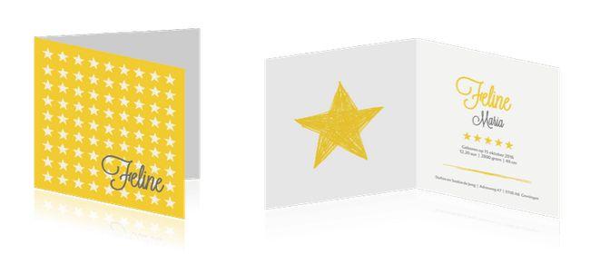 Vrolijk geboortekaartje met patroon van witte sterren op gele achtergrond. Pas naar wens de kleuren aan. Verkrijgbaar op vrolijkegeboortekaartjes.nl
