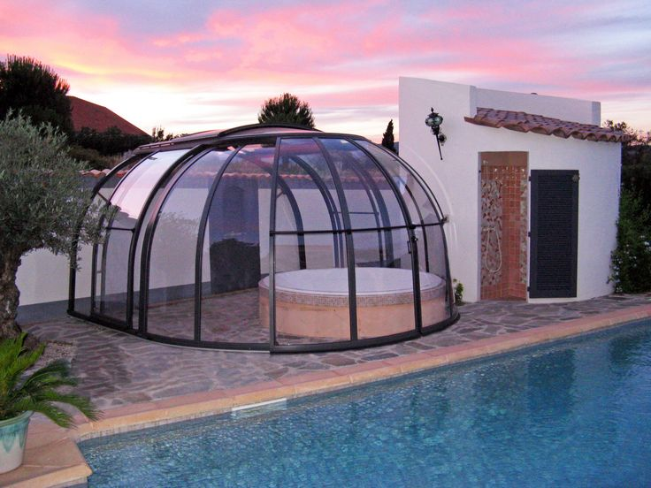 OASIS hot tub enclosure by Alukov a.s., member of IPC Team.