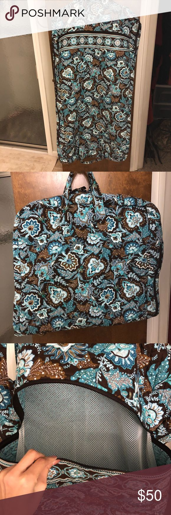 Vera Bradley Garment Bag Only used once! Perfect condition. This garment bag is very big and has one extra pocket, along with two pockets for shoes. Perfect for any kind of traveling! Vera Bradley Bags Travel Bags