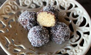 skinnymixer's Raw Lamington Truffles   Print Prep time 10 mins Cook time 3 mins Total time 13 mins   Author: skinnymixer's Recipe type: Dessert Serves: 22 Ingredients 200 g raw cashew nuts 100 g desiccated coconut, plus extra for rolling 50 g coconut oil 50 g organic maple syrup 2 tsp vanilla bean paste or...Read More »