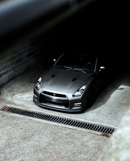 Stunning Nissan GT-R