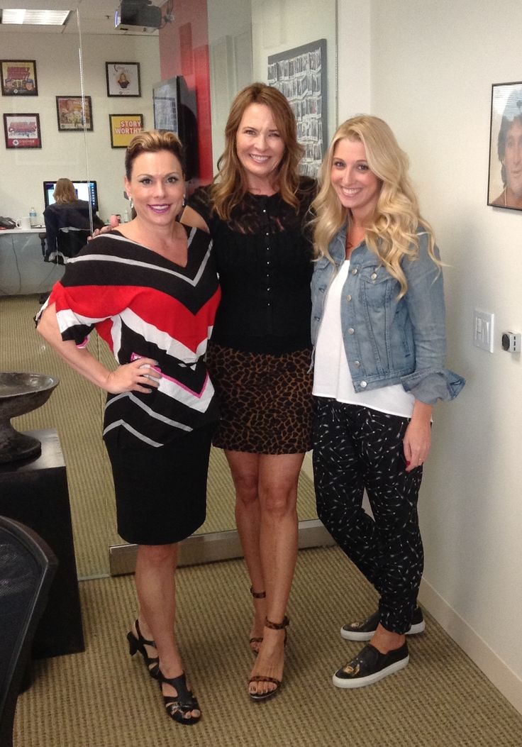 Calling Out: Co-host @PsychicRebel Colby and @theDrJena Kravitz @sideshownetwork  CallingoutwithSusanPinsky.com