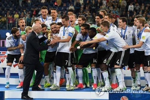 \'젊은 전차군단\' 선전에 독일 간판스타들 \'월드컵 못 나갈라\' [토토군 뉴스]