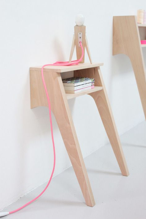 Le chevet - bedside table, one of the best two legged tables I have ever seen.