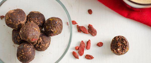 paleo-chocolade-truffels-met-goji-en-sinaasappel