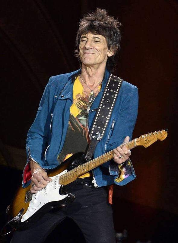 Ronnie Wood rocking a Strat