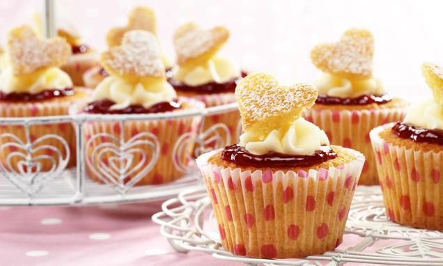 The classic Victoria Sponge, perfectly portioned in these lovely cupcakes.