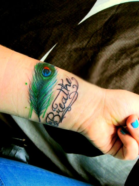 Peacock Feather Tattoo Designs For Women Picture 4