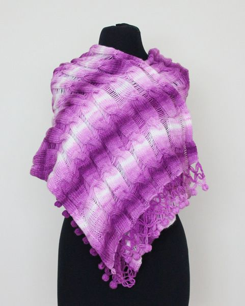 http://www.woollyandwarmy.com/collections/shawl/products/shawl-554-04