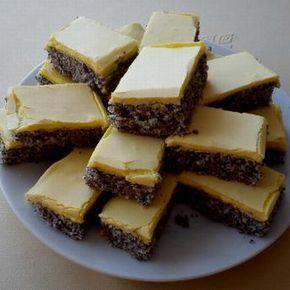 Makové žĺtkové rezy 500 g prášk cukru 250 g masla alebo Hery kôra z jedného citróna 6 vajec 200 g mletého maku 150 g polohr múky 1/2 balíka prdopeč 2 vanil cukre Vymiešame maslo s 200 g prášk cukru do peny.Pridáme citr kôru.Potom mak zmiešaný s múkou a prdopeč. Vajcia rozdelíme na bielka a žĺtka, bielka vyšľaháme do peny, primiešame k mak cestu, do vyhr rúry piecť 180° 15 min. Žĺtkovú polevu pripravíme vyšľahaním žĺtkov s prášk cukrom a vanil cukrami, na horúcu piškótu, stuhnúť