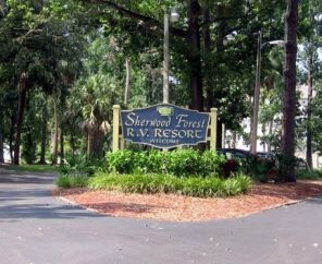 By far the best campground I've been to, and it's 10 minutes from Disney World! Speaking from personal experience here; use this campground to save tons of money on your next disney trip! Sherwood Forest RV Resort | Encore RV Park in Florida | Kissimmee