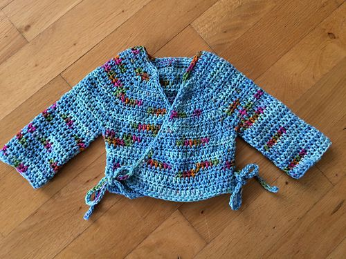 Crochet Baby Kimono Wrap Pattern : 338 best images about Crochet: Baby Clothing - Cardigan on ...