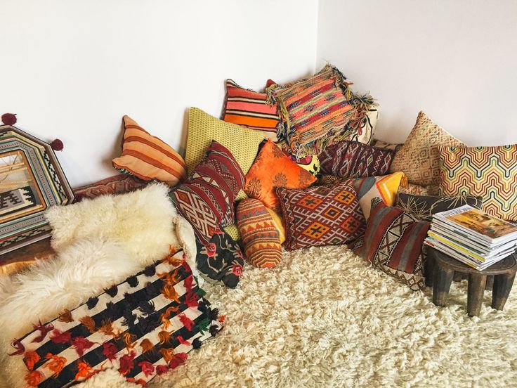 Alright, my vintage vultures, wanna know where you can get some cheap kilim  pillows?If atrip to Istanbul is out of your budget? No worries, I gotchu.  Now you can create your own kilim pillow mountain!Here are some of my  picks.They're all from different shops on Etsy.  $14  $23  $15  $20  $15  $24  $19  $22  $20  $19  $15  $15