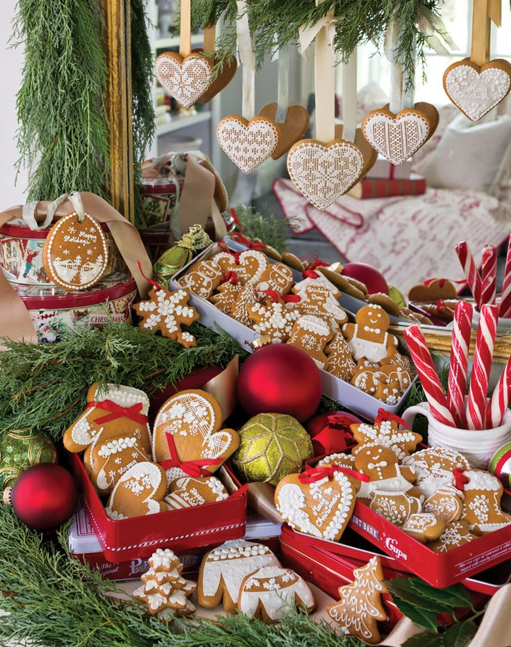 1000+ ideas about Homemade Gingerbread House on Pinterest ...