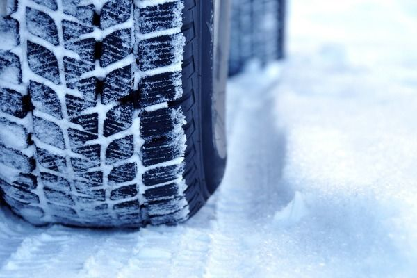 You need to take some precautions to keep your car rolling smoothly despite the challenges that #Winter season brings. #CarProtection