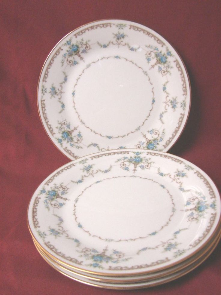 Noritake China Dinnerware Cotillion Pattern 2802 Set